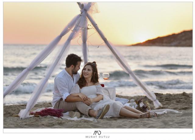 İzmir konsept dış çekim fotoğrafçı, sahilde çadır konsepti