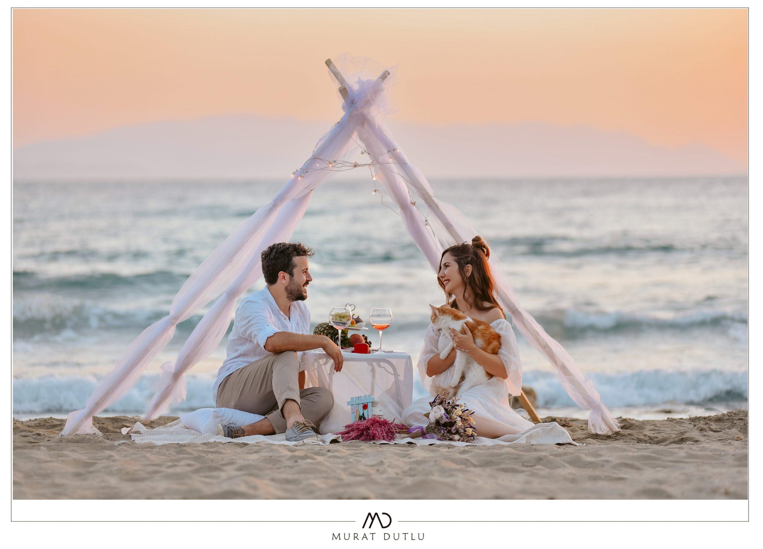 İzmir düğün fotoğrafçısı dış çekim bohem tarzı, sahil çadır konsepti