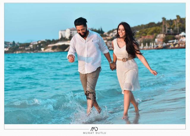 Alaçatı plajda dış çekim düğün fotoğrafları, dış çekim fotoğrafçı Alaçatı Çeşme